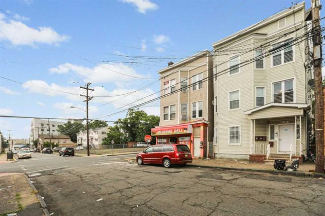26 Washington Ave, Paterson, NJ 07503 (MLS #190014752) :: The Trompeter Group