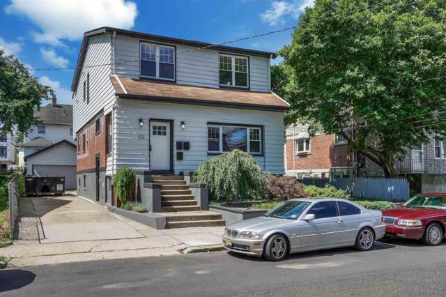 212 Wayne Ave, Cliffside Park, NJ 07010 (MLS #190015033) :: The Trompeter Group