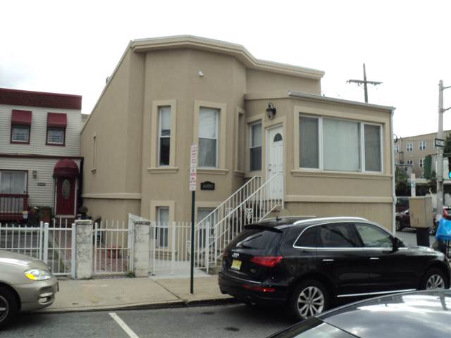 6000 Washington St, West New York, NJ 07093 (MLS #190020554) :: The Trompeter Group