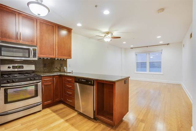 99 Montgomery St 3C, Jc, Downtown, NJ 07302 (MLS #190023242) :: The Sikora Group