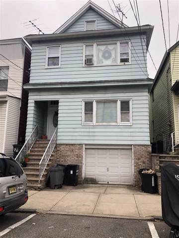16 West 11Th St, Bayonne, NJ 07002 (MLS #202001299) :: The Trompeter Group
