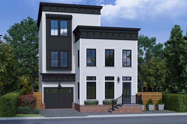 11 Lasher Lane, Edgewater, NJ 07020 (MLS #202001462) :: The Trompeter Group