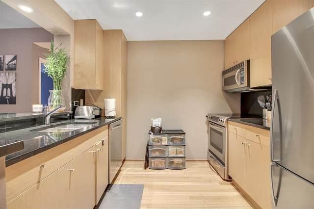 2102 City Pl, Edgewater, NJ 07020 (MLS #202003242) :: Team Francesco/Christie's International Real Estate