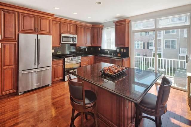 492 Fulton Ct, West New York, NJ 07093 (MLS #202005837) :: Team Francesco/Christie's International Real Estate