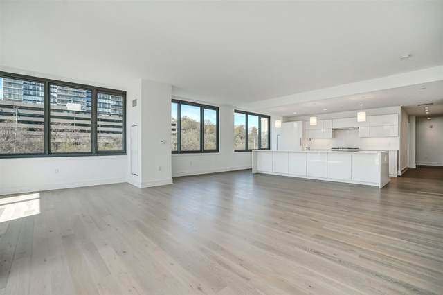 9 Avenue At Port Imperial #01121, West New York, NJ 07093 (#202008820) :: Daunno Realty Services, LLC