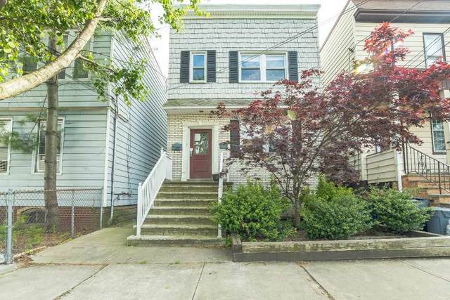 120 West 13Th St, Bayonne, NJ 07002 (MLS #202012551) :: The Dekanski Home Selling Team
