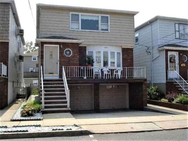164 West 18Th St #2, Bayonne, NJ 07002 (MLS #202013135) :: The Trompeter Group