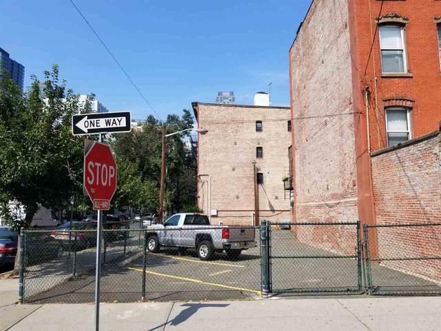 215 Warren St, Jc, Downtown, NJ 07302 (MLS #202019629) :: The Trompeter Group