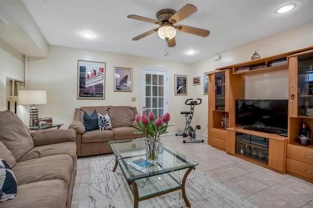959 Summit Ave, Jc, Heights, NJ 07307 (MLS #202021043) :: Team Francesco/Christie's International Real Estate