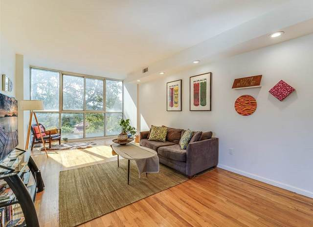 200 Paterson Plank Rd #309, Union City, NJ 07087 (MLS #202023729) :: The Trompeter Group