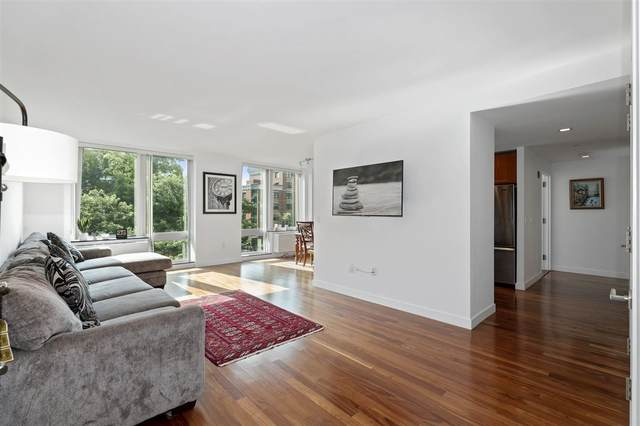 25 Hudson St #410, Jc, Downtown, NJ 07302 (MLS #202024423) :: The Dekanski Home Selling Team