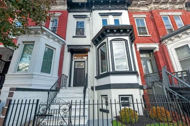 116 Clinton Ave, Jc, Bergen-Lafayett, NJ 07304 (MLS #202027059) :: Team Francesco/Christie's International Real Estate