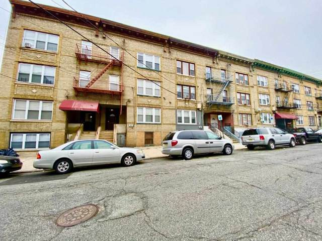 135 West 54Th St, Bayonne, NJ 07002 (MLS #202027143) :: The Trompeter Group