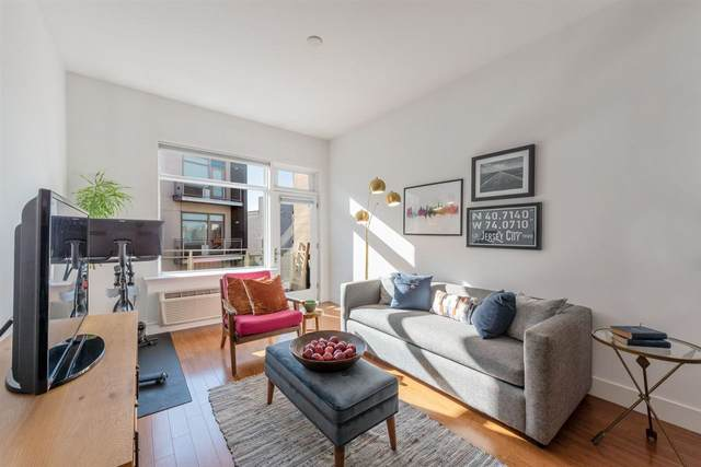 217 Newark Ave #404, Jc, Downtown, NJ 07302 (MLS #202027204) :: The Trompeter Group