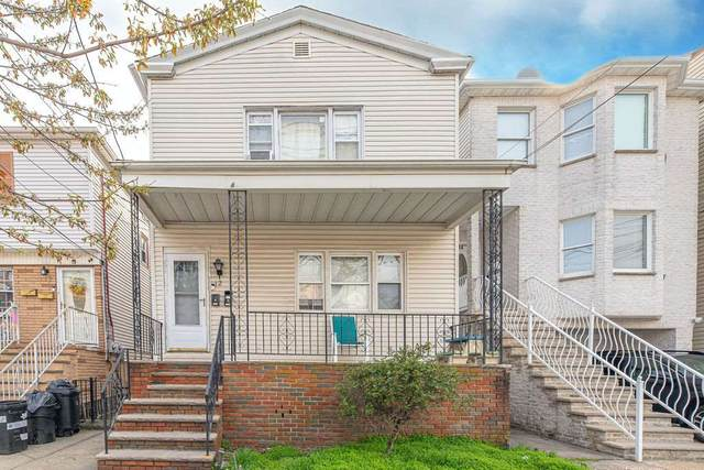 12 West 10Th St, Bayonne, NJ 07002 (MLS #210008915) :: The Trompeter Group