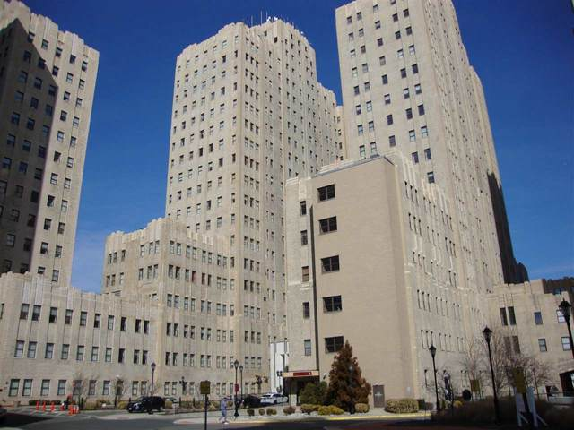 4 Beacon Way #201, Jc, Journal Square, NJ 07304 (MLS #210011628) :: Kiliszek Real Estate Experts