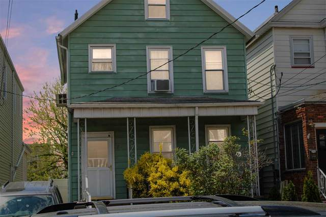 72 West 14Th St, Bayonne, NJ 07002 (MLS #210011922) :: The Trompeter Group