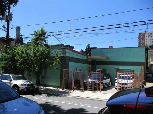 131-135 35TH ST, Union City, NJ 07087 (MLS #210014724) :: Team Francesco/Christie's International Real Estate