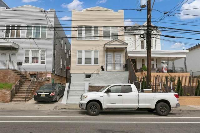 725 Garfield Ave, Jc, Greenville, NJ 07305 (MLS #210017769) :: The Sikora Group