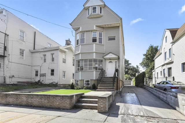 399 Bergen Ave, Jc, Bergen-Lafayett, NJ 07304 (MLS #210018376) :: Kiliszek Real Estate Experts