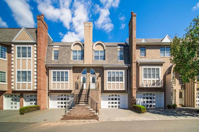 107 Stonegate, Cresskill, NJ 07626 (MLS #210020839) :: Corcoran Baer & McIntosh