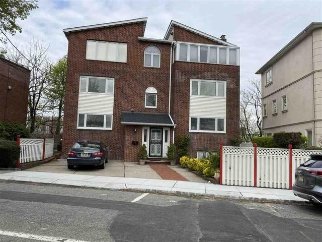 64 Kingswood Rd, Weehawken, NJ 07086 (MLS #210021605) :: The Danielle Fleming Real Estate Team