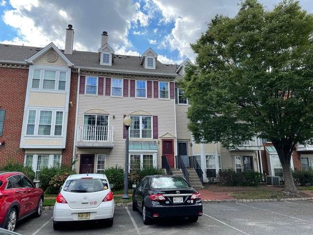 27 Walnut St, Jc, West Bergen, NJ 07305 (MLS #210021847) :: The Sikora Group