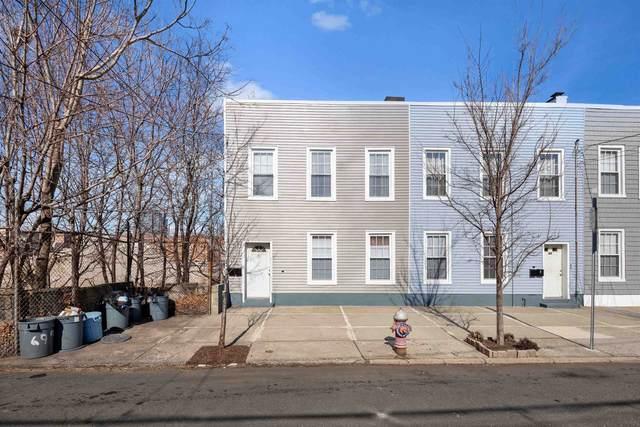 67 Chestnut Ave, Jc, Journal Square, NJ 07306 (MLS #210022037) :: Hudson Dwellings