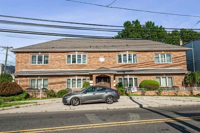 308 Midland Ave, Saddle Brook, NJ 07663 (MLS #210022061) :: Trompeter Real Estate