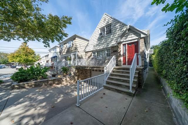 1 Centre Lane, Bayonne, NJ 07002 (MLS #210023077) :: Hudson Dwellings