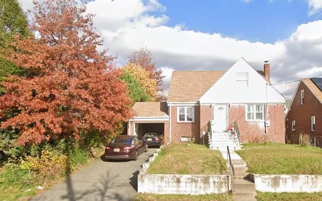 725 Mola Blvd, Elmwood Park, NJ 07407 (MLS #210023521) :: The Danielle Fleming Real Estate Team