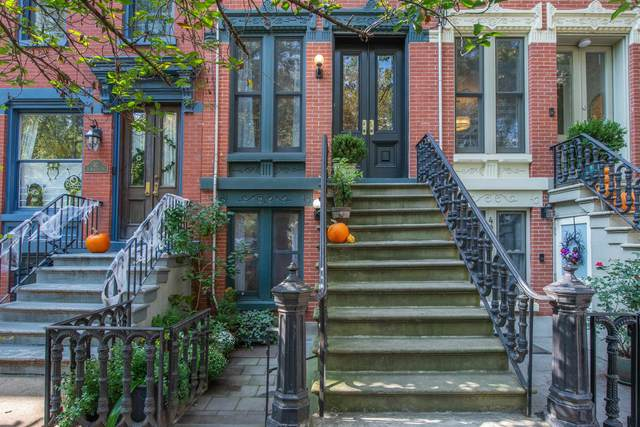 44 West Hamilton Pl, Jc, Downtown, NJ 07302 (MLS #210024165) :: Kiliszek Real Estate Experts