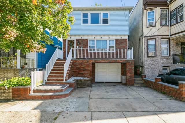 364 A Avenue E C30, Bayonne, NJ 07306 (#210024232) :: NJJoe Group at Keller Williams Park Views Realty