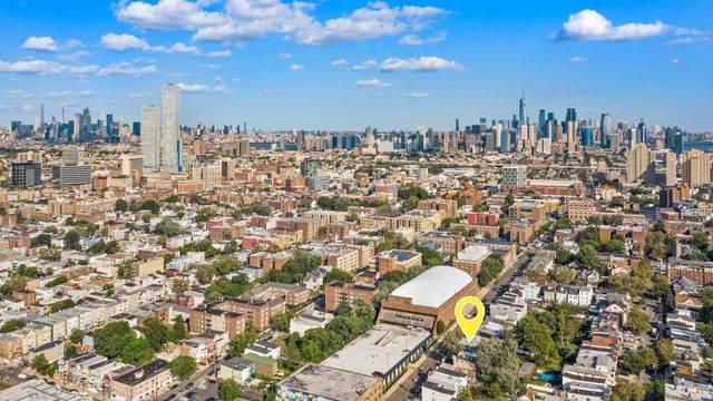 893 Montgomery St, Jc, Journal Square, NJ 07306 (MLS #210024249) :: Hudson Dwellings