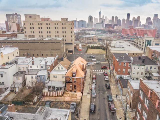 149 Palisade Ave, Jc, Heights, NJ 07306 (MLS #180003124) :: Marie Gomer Group