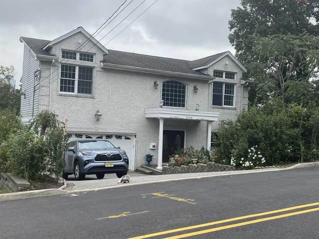 2186 Jones Rd, Fort Lee, NJ 07024 (MLS #210023507) :: The Danielle Fleming Real Estate Team