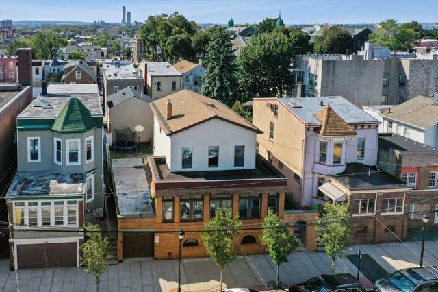 517 15TH ST, Union City, NJ 07087 (MLS #210022591) :: The Danielle Fleming Real Estate Team
