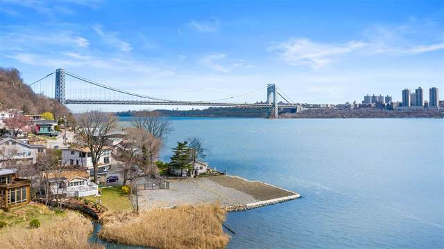 3 Shore Rd, Edgewater, NJ 07020 (MLS #202005641) :: The Trompeter Group