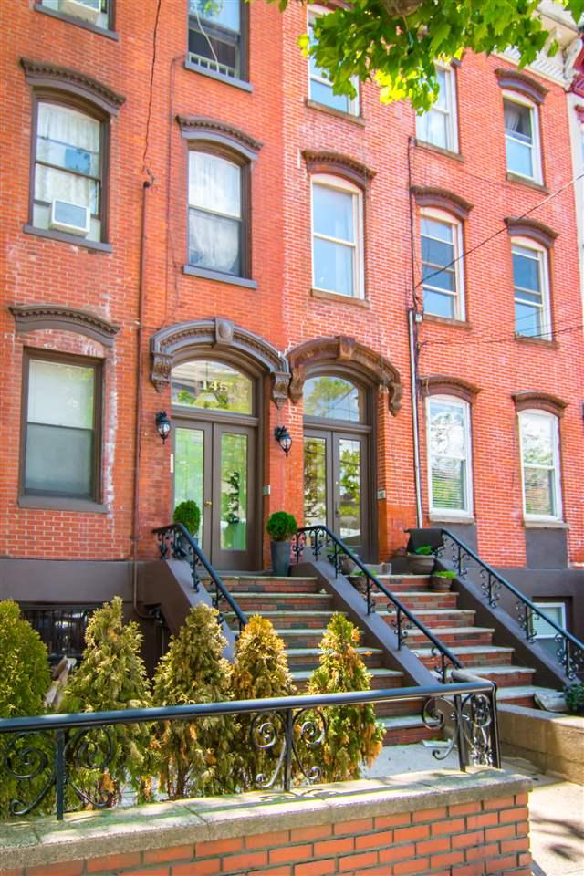 145 Grand St, Jc, Downtown, NJ 07302 (MLS #170010593) :: The Trompeter Group