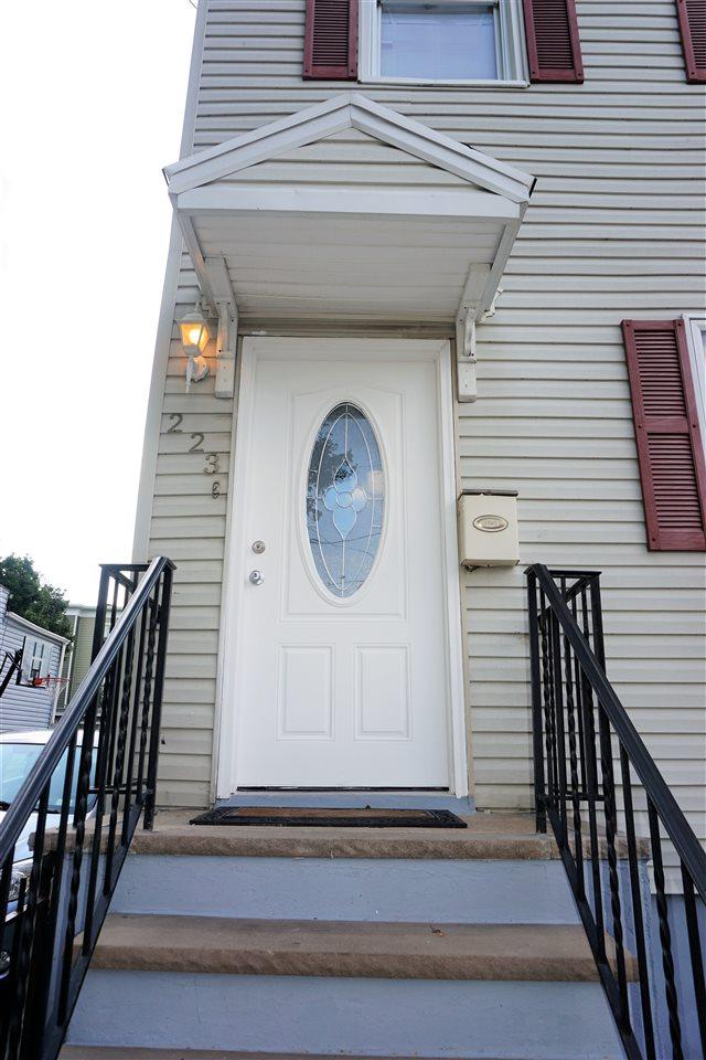 223 Freeman Ave, Jc, Journal Square, NJ 07306 (MLS #170014372) :: Marie Gomer Group