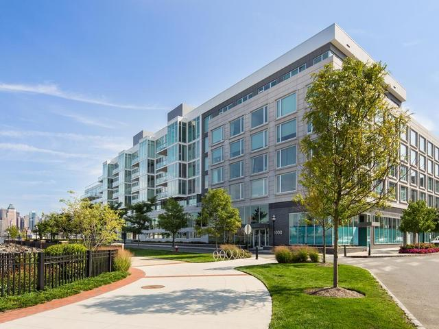 1000 Avenue At Port Imperial #401, Weehawken, NJ 07086 (MLS #170016022) :: The DeVoe Group