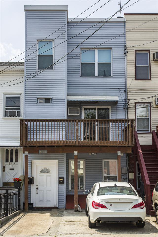 351 5TH ST, Jc, Downtown, NJ 07302 (MLS #170016246) :: The Trompeter Group