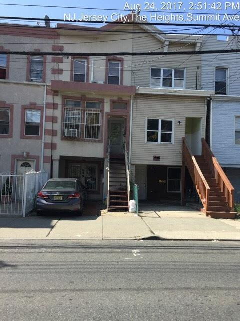 949.5 Summit Ave, Jc, Heights, NJ 07307 (MLS #170016473) :: The Trompeter Group