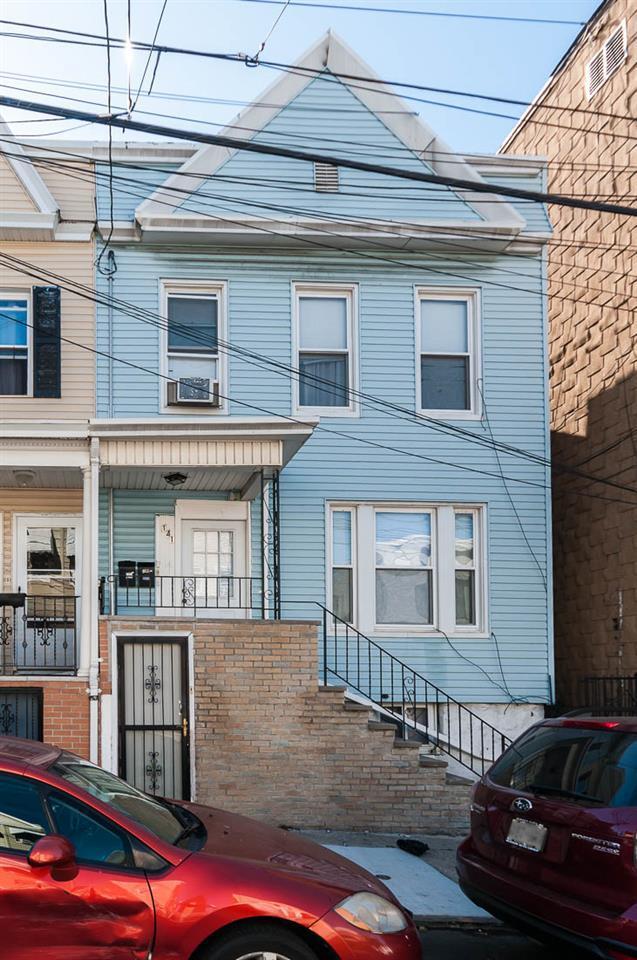 141 De Kalb Ave, Jc, Journal Square, NJ 07306 (MLS #170018159) :: Marie Gomer Group
