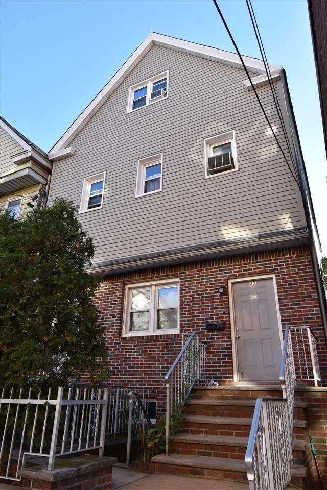 49 Cooper Pl, Weehawken, NJ 07086 (MLS #170019669) :: The DeVoe Group