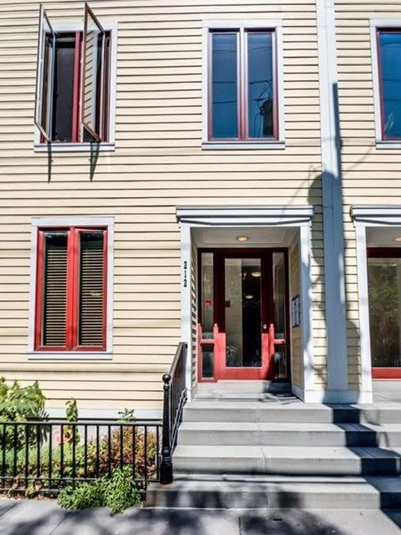 212 4TH ST #3, Jc, Downtown, NJ 07302 (MLS #170019684) :: The Trompeter Group