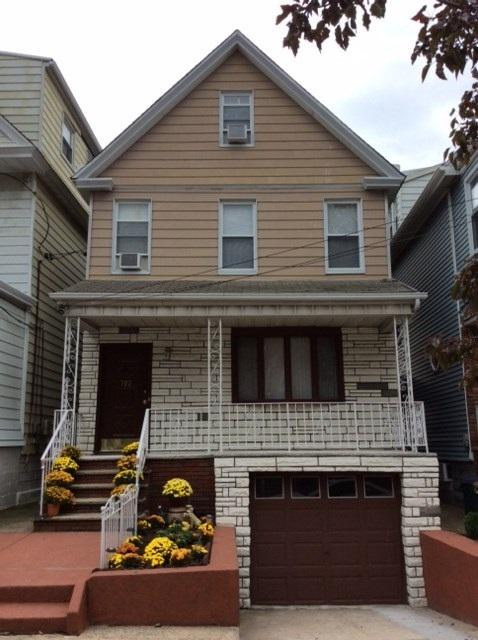 102 West 45Th St, Bayonne, NJ 07002 (MLS #170019819) :: The Trompeter Group