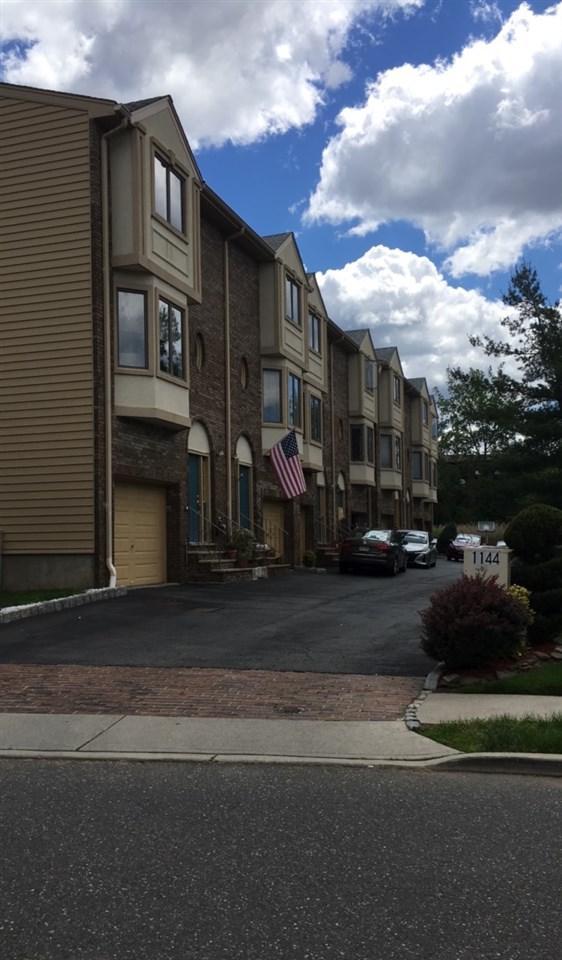 1144 Farm Rd #5, Secaucus, NJ 07094 (MLS #170020947) :: Marie Gomer Group