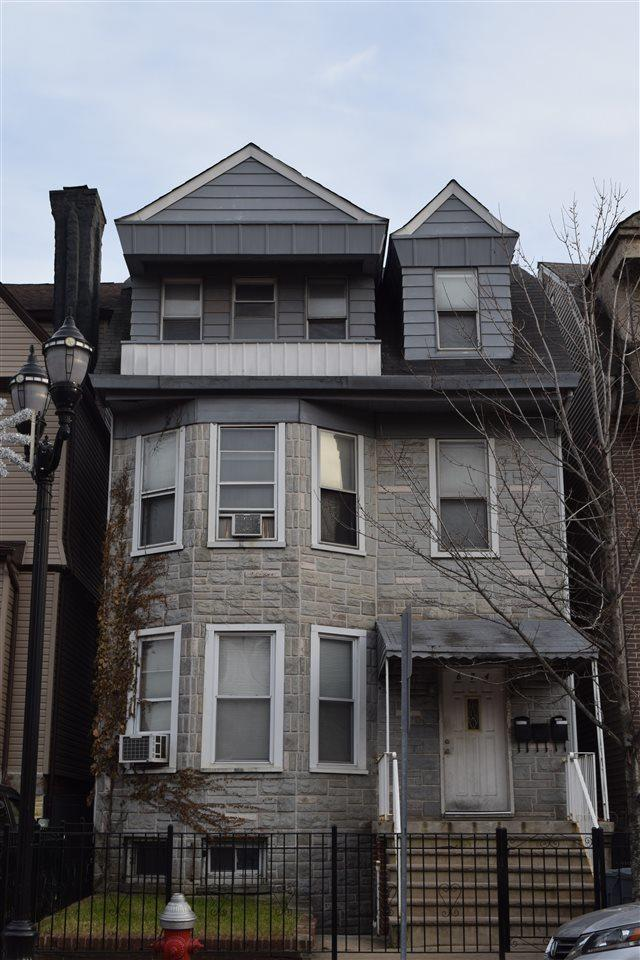 674 Bergen Ave, Jc, Journal Square, NJ 07304 (MLS #170020965) :: Marie Gomer Group
