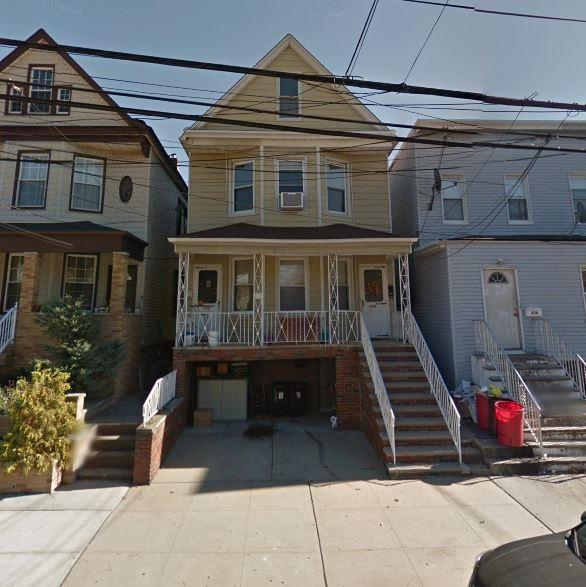 438 Avenue E, Bayonne, NJ 07002 (MLS #170021115) :: Marie Gomer Group